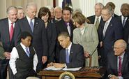 president-barack-obama-signing-the-patient-protection-and-affordable-care-act-into-law-on-march-23-2010